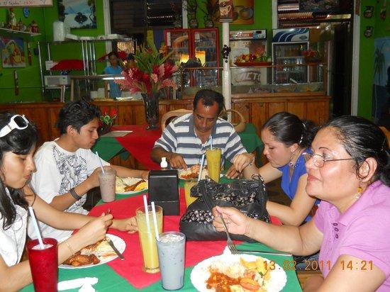 Granada Network: Amigos nicaraguenses,muy amigables