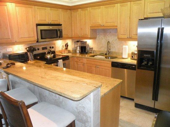 Plantana Condominiums: Nice kitchen