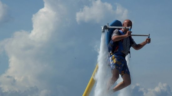 Caribbean Extreme Sports: Hovering Jetpack