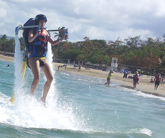 Caribbean Extreme Sports: Just flying the Jetpack