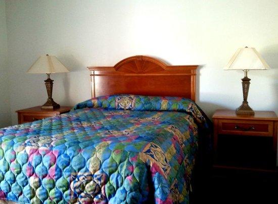 Photo of Don's Turf Motel-Los Alamitos