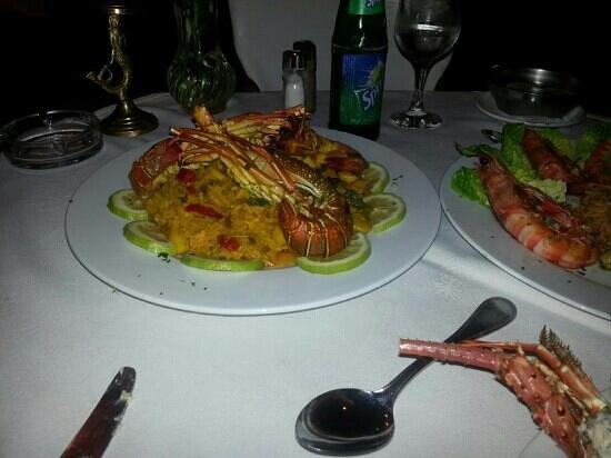 Golden gate Restaurant : seafood paella