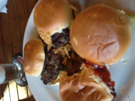 Lee Roy Selmon's: Burger sliders