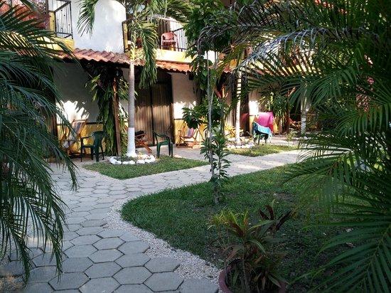 Hotel Belvedere - Playa Samara : View of hotel