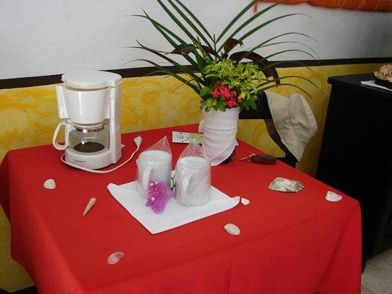 Hotel Belvedere - Playa Samara : Room table decoration