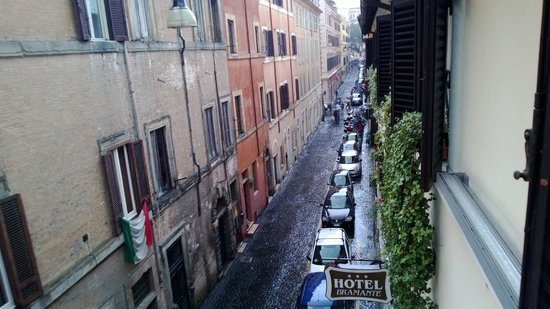 ‪‪Hotel Bramante‬: The view of the street from our room‬