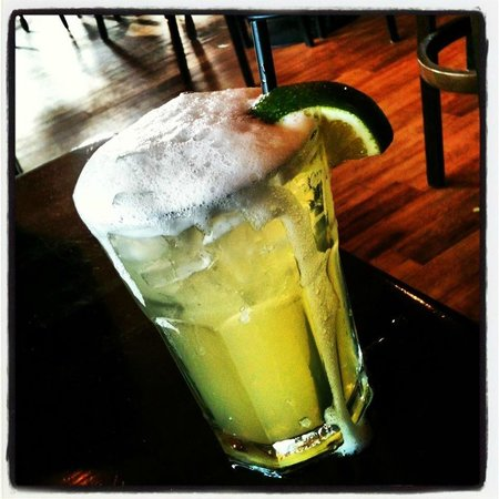 Roberto's Mexican Cafe : Happy Hour Margarita