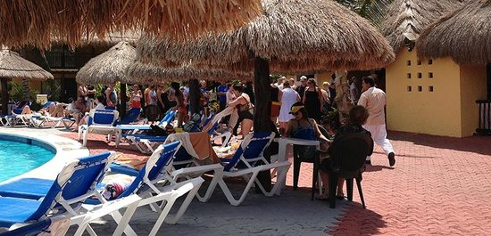 Allegro Cozumel: 15 minutes wait to be in line