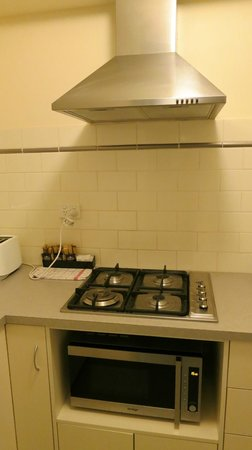 Ful 4 Burner Gas Stove Range Hood Microwave Can Also