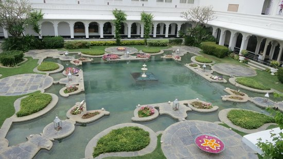 Taj Lake Palace Udaipur: The famous lily pond
