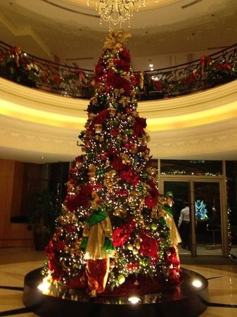 The Bellevue Manila: christmas 2012