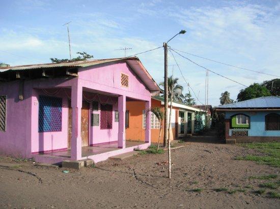 "Evergreen Lodge: ""Downtown"" Tortuguera"