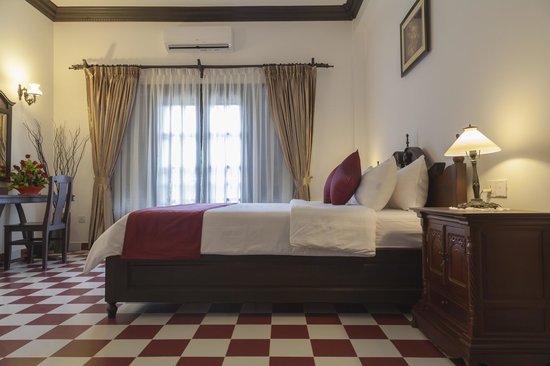Chateau d'Angkor La Residence: TWO-BEDROOM SUITE