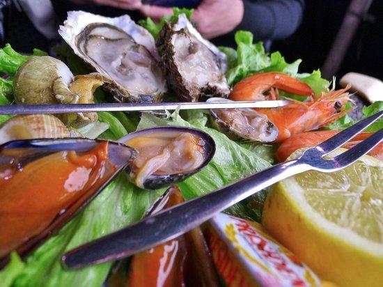 shellfish appetizer - picture of la cuisine au beurre, marseille