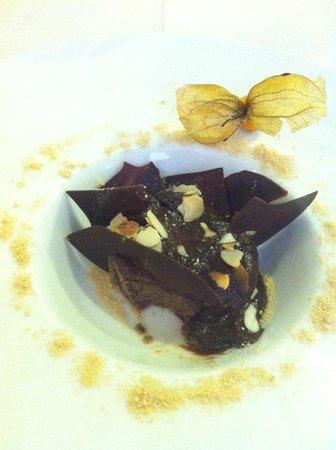 Restaurante Sevilla: Pastel de chocolate al horno - Sevilla Granada
