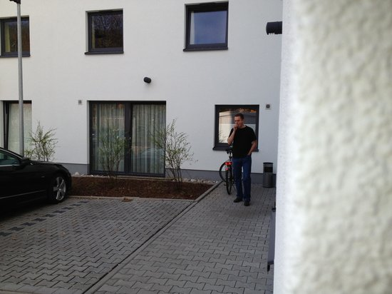 B&B Hotel Würzburg: Smoking outside our room- smells terrible!