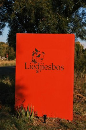 Liedjiesbos B&B: Welcome to Liedjiesbos :-)
