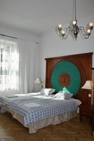 Old City Apartments: Double Bed