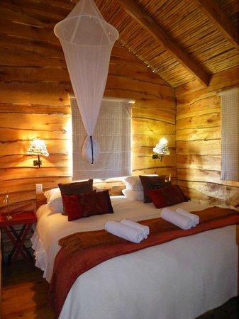 De Zeekoe Guest Farm : Main Bedroom