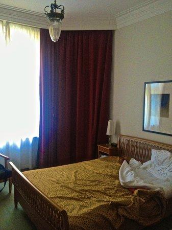 Parkhotel Laurin: lato letto