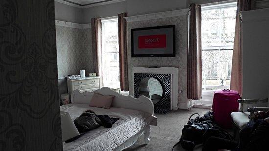 Mitre Hotel: luxuary Bedroom