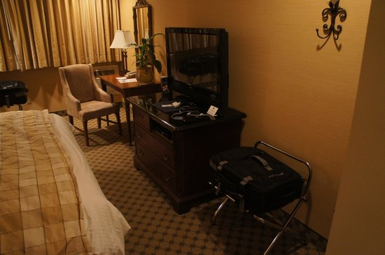 Best Western Plus Sunset Plaza Hotel: Foto do quarto2