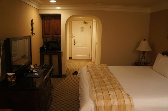 Best Western Plus Sunset Plaza Hotel: Foto do quarto3