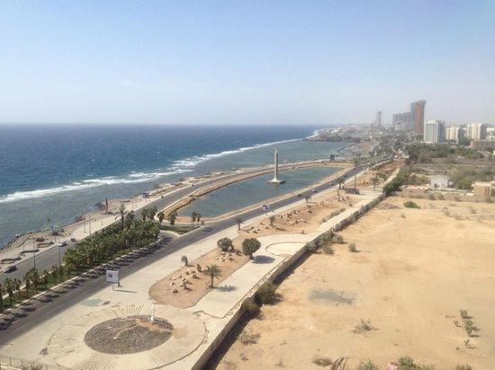 Jeddah Hilton : View of Corniche from my balcony