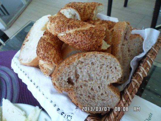 Ada Sahil Hotel : Bread