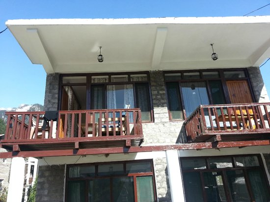 Tourist Hotel: Front View
