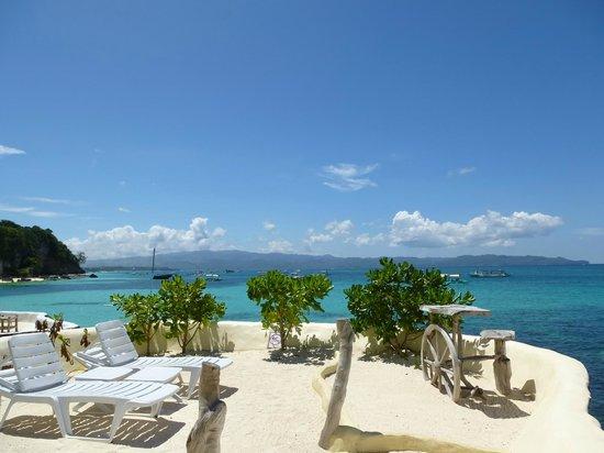 Boracay West Cove: .