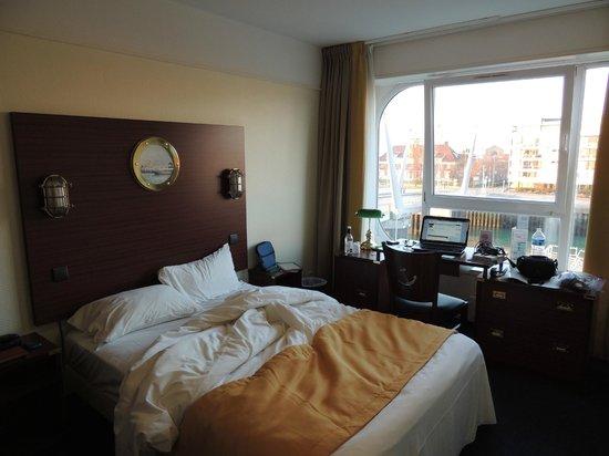 Les Gens de Mer Dunkerque : Room on 2nd (3 American) floo
