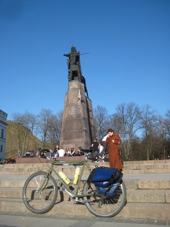 Velo City Vilnius Tours: Iron Wolf