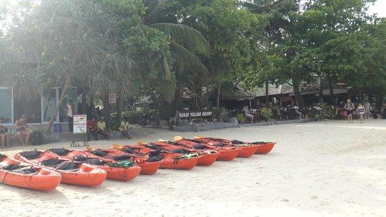 Railay Village Resort: Beach Front view of Hotel