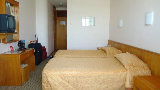 Sozer Hotel: Hallway
