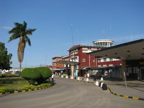Transit Motel Airport: J Nyerere Airport terminal 1