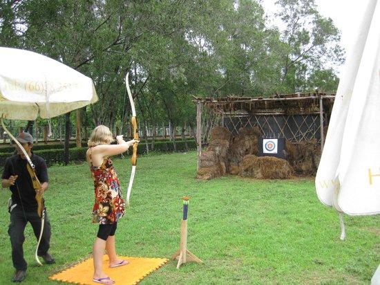Horseshoe Point Country Club : Archery at Horseshoe Point