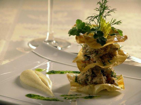 Jour de Pêche  : Chair de crabe aux herbes et citron vert. Chips de céleri
