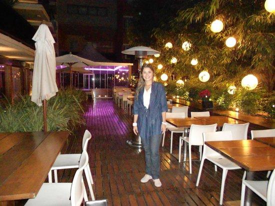 Hotel Madero: Linda esta parte para compartir comer o beber algo.