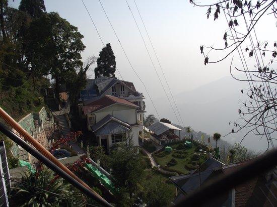 Central Nirvana Resort, Darjeeling: THE HOTEL