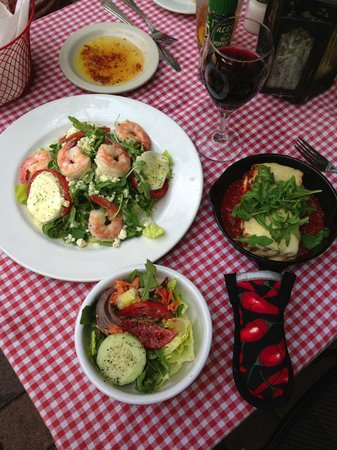 Pia's Trattoria: Lunch for 2