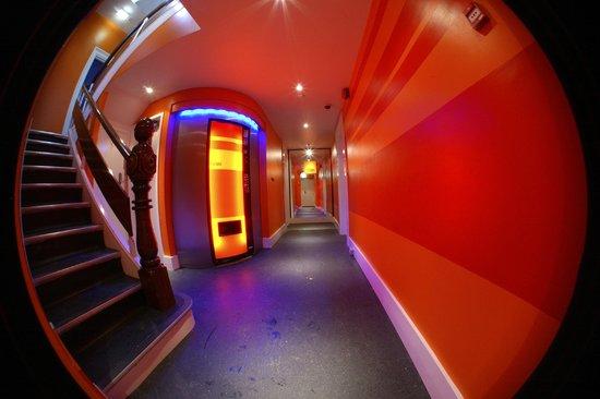 The Escape: Hallway