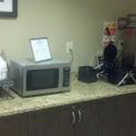 "Microtel Inn & Suites by Wyndham Columbia/At Fort Jackson: ""continental breakfast"""