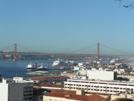 Oasis Hostel : Oasis backpackers Lisboa view