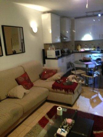 Paloma Beach Apartments Living Area T1 27