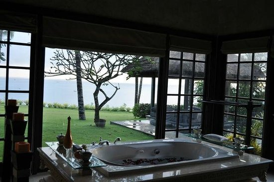 AYANA Resort and Spa: Bathroom