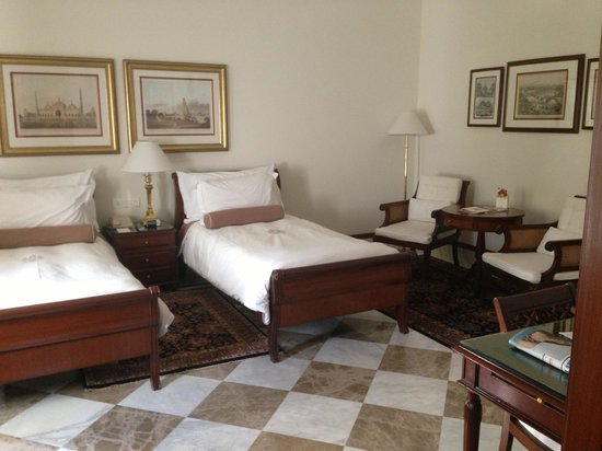 The Imperial Hotel: Twin room