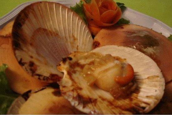 ร้านอาหาร ครัวริมเขื่อน: หอยเชลล์เผา