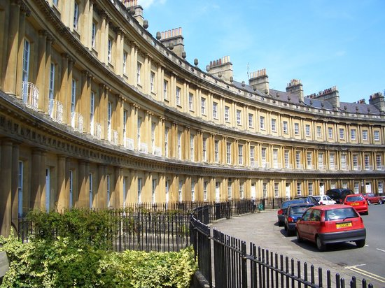 Roots Travel & Tours: Bath Circus