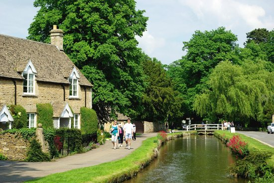 Roots Travel & Tours: The Cotswolds